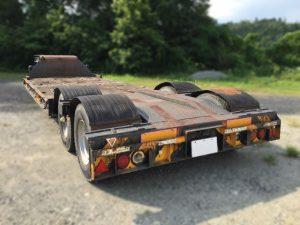 Semi-trailer1