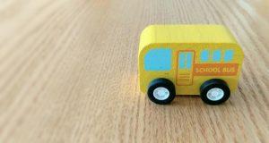 Kindergarten bus4